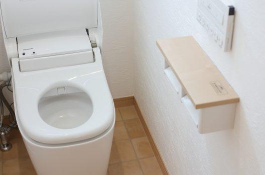 トイレに換気扇を導入する方法