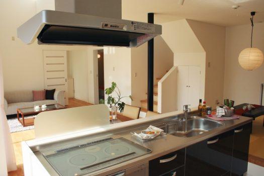 キッチン換気扇の異音発生時の簡単チェックと対処法