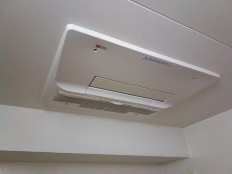 浴室の換気扇を交換する方法!取り付け方法は簡単か