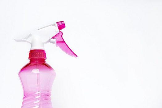 自分でできる換気扇掃除。簡単キレイになるコツとは?