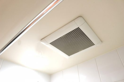 天井埋め込み換気扇をキッチンに。ダイニングでバーベキューしよう!